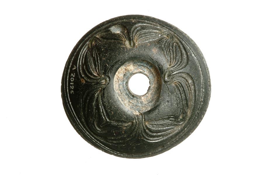 Przęślik z czarnego szkła, VI w. anglo-saksońki zezbiorów Museum of London